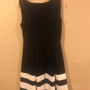 Calvin Klein Dresses - Calvin Klein Black Dress Size 6